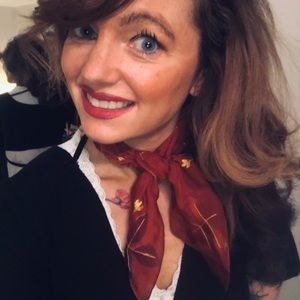 Accessories - Maroon patterned neck scarf